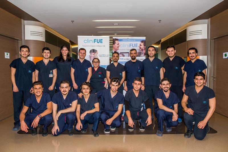 equipo enfermeros LIV Hospital cliniFUE
