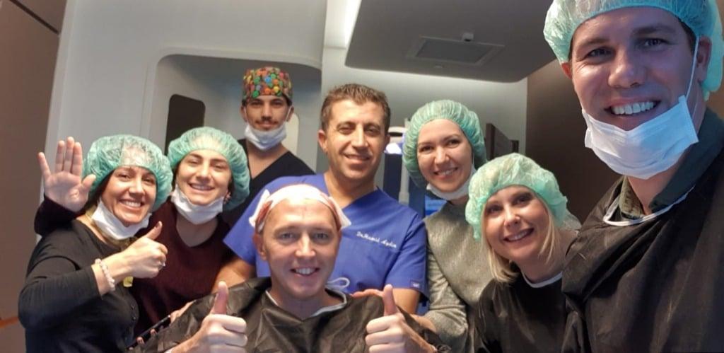 Equipo cliniFUE, asistentes, médicos y coordinadores